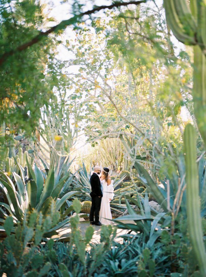 palm-springs-moorten-botanical-garden-engagement-elopement-wedding-photographer