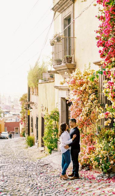 san-miguel-de-allende-engagement-wedding-photographer